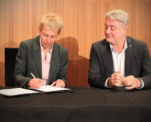 Amsterdam University of Applied Sciences and NLR sign partnership agreement