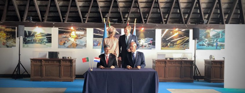 The MoU has been signed by Mr. Marco Tulio Pellegrini , Chairman of OGMA and Michel Peters, CEO of NLR.